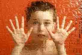 Le termiti infestano la casa, bimbo di 10 anni resta intossicato e subisce gravi  danni neurologici